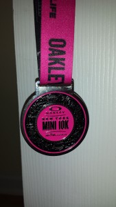 A medal from the Oakley New York Mini 10K